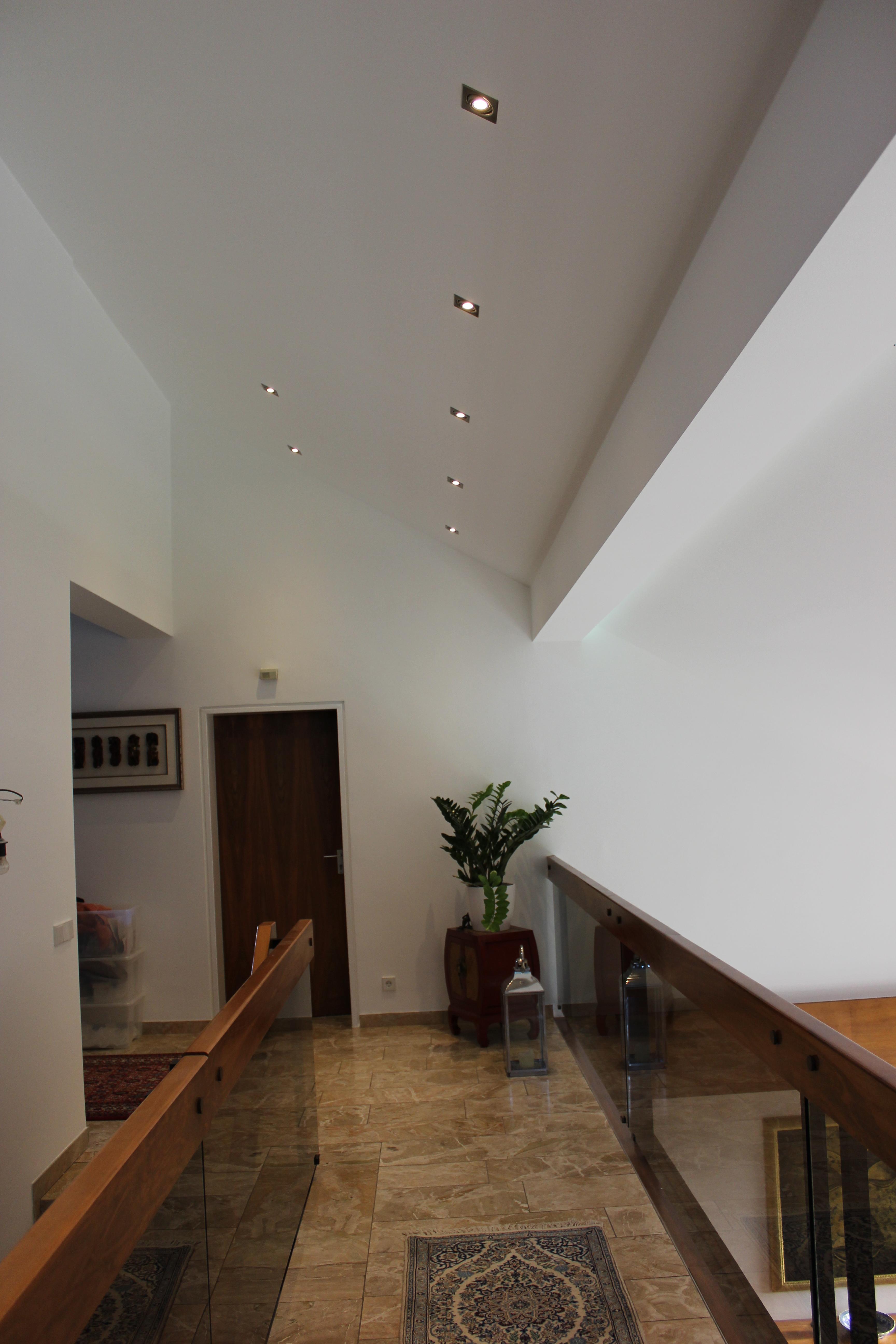 Sanierung und umgestaltung eines privathauses petra for Gestaltung eines badezimmers